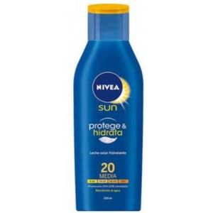 Nivea Sun Protect And Moisture Spf20 200ml